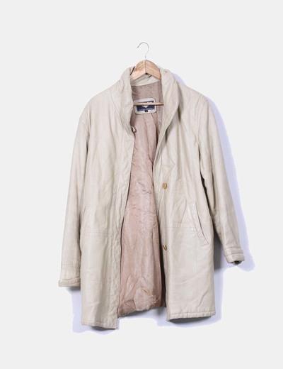 Abrigo beige de piel NoName