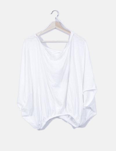 Camiseta blanca con elástico