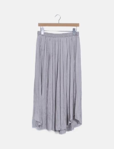 Falda plisada gris satinado