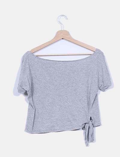 Top gris corto