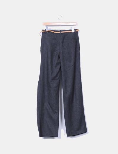 Pantalon gris marengo recto detalle cinturon