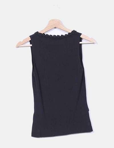 Camiseta negra combinada