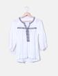 Blusa blanca con bordado étnico Grace & Mila