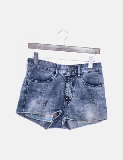 Short denim detalle bolsillos