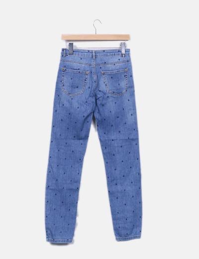 Jeans denim azul motas bordadas