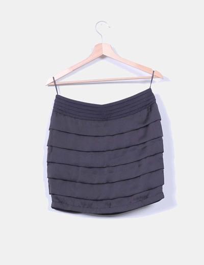 Falda negra tablas con tira de lentejuelas