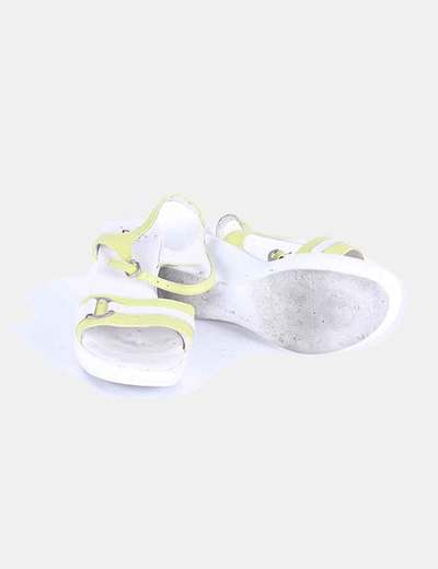 Sandalias de cuna verde pistacho