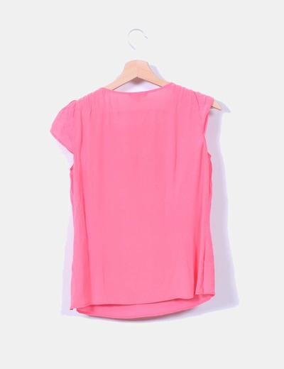 Blusa rosa detalle lazo