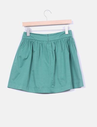 Mini falda verde con vuelo