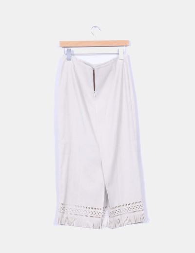 Maxi falda beige con flecos