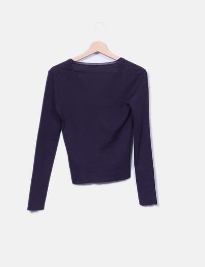 Top tricot morado escote en v