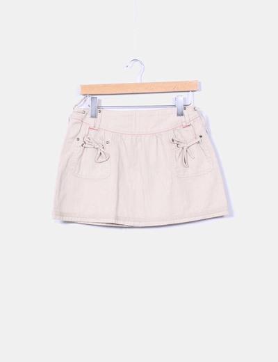 Mini falda beige  BTS