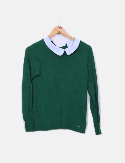 Jersey verde con cuellos camiseros