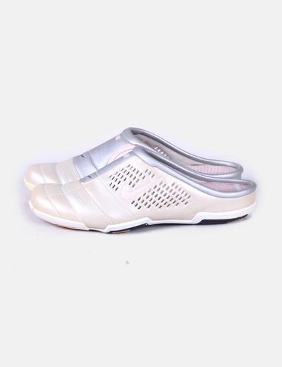nuevo concepto cbe21 a7fef Zueco deportivo Nike