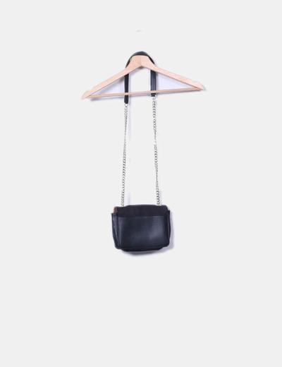 Bolso mini negro con cadena