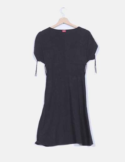Vestido negro manga corta
