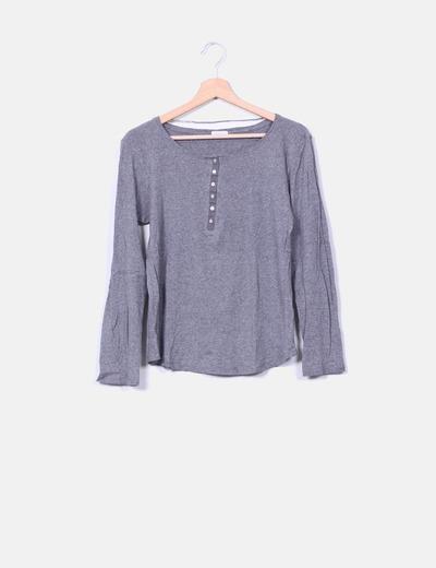 Top básico algodón gris con botones Oysho