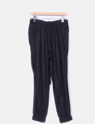 Pantalón fluido negro  Zara
