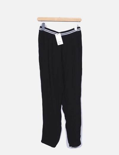Pantalón baggy negro con elástico