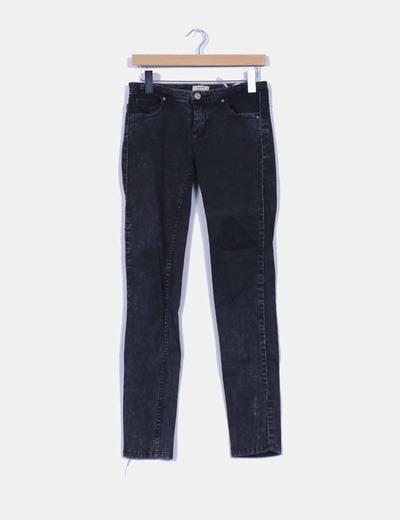 Pantalón negro efecto desteñido con brillos Pull & Bear