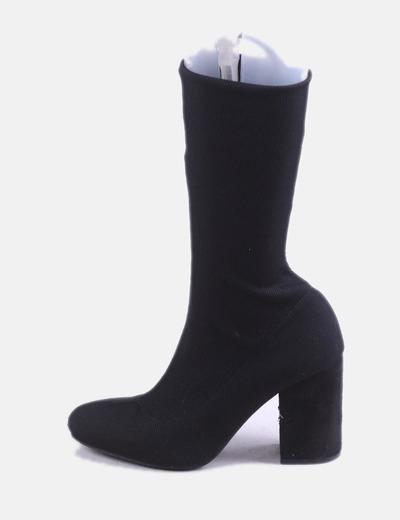 Bota calcetín negra