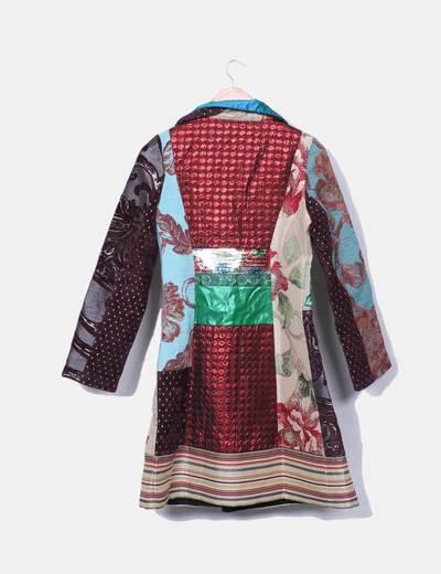 Abrigo texturizado multicolor