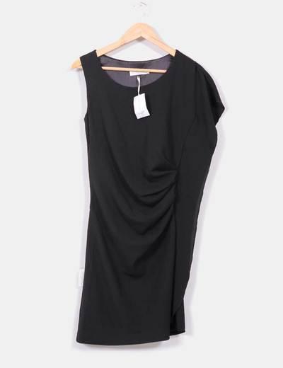 Vestido negro asimétrico El Hangar de Sophie