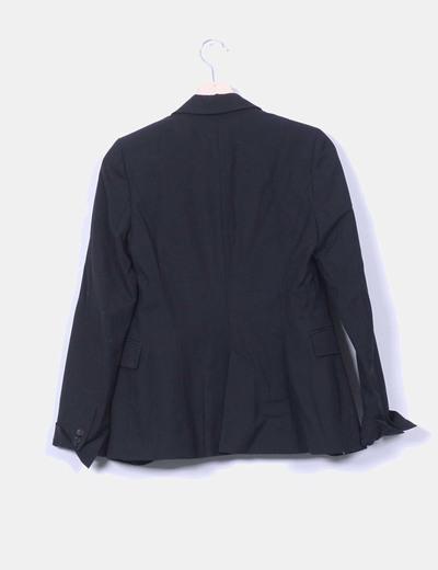 Blazer negra entallada