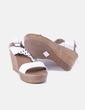Sandalia blanca de cuña Camelia