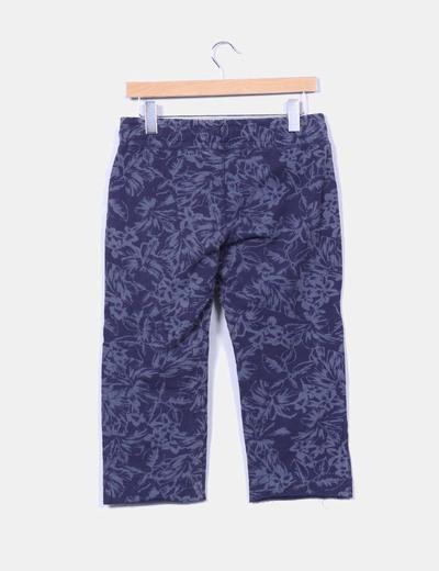 Pantalon azul pirata estampado