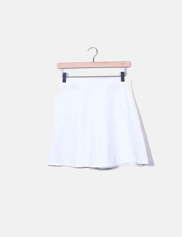 1890db783 Falda online Faldas Zara texturizada baratas mini blanca rnvw7aqrH ...