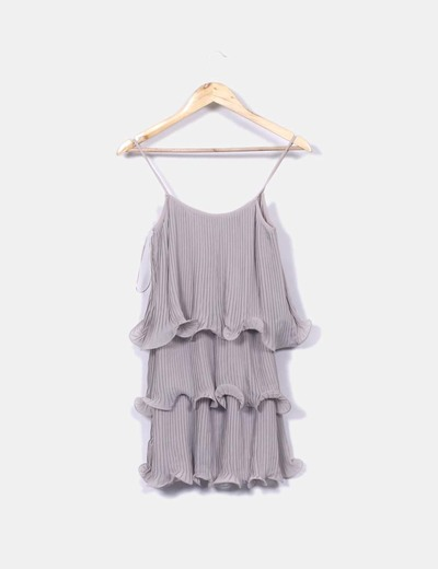Vestido gris volantes plisado