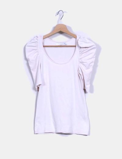... Zara   T-shirt rose pâle à manches bouffantes. Camiseta rosa palo  mangas abullonadas 7e38fde9cc25