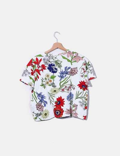 Camiseta blanca estampado floral