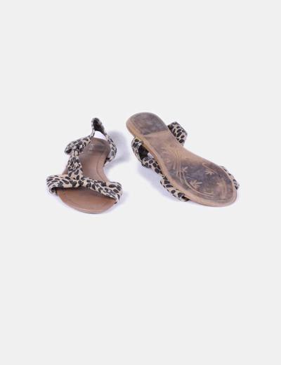 Sandalia plana animal print