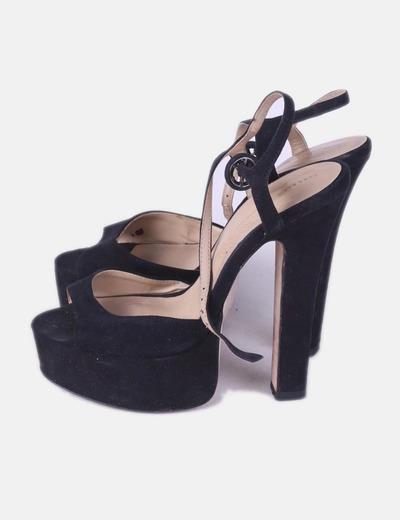 Sandália preta com salto Zara