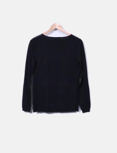 Camiseta de punto negra combinada