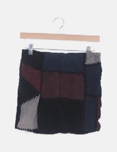 Falda min texturizada