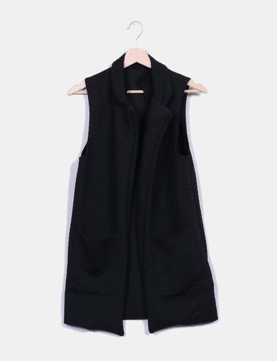 Chaleco largo negro tecturizado NoName