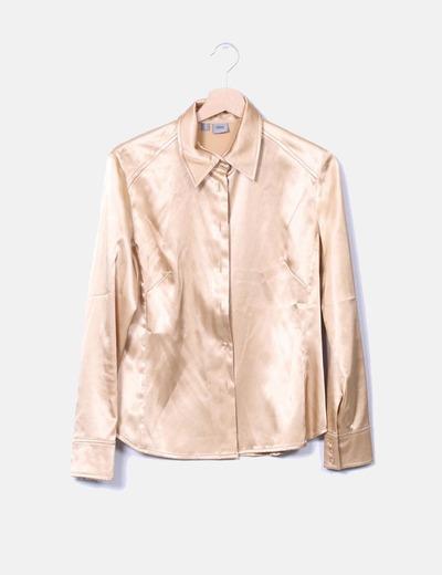 Blusa satinada dorada