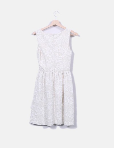 Vestido beige texturizado