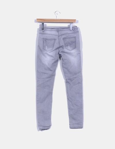 Pantalon vaquero gris