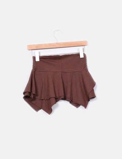Mini falda marron corte irregular