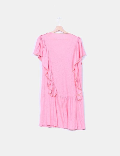 Vestido rosa con volantes