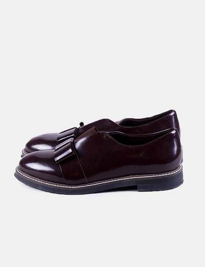 Patent leather moccasin Stradivarius