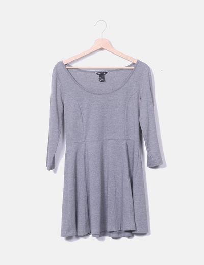 Vestido basic gris evasé