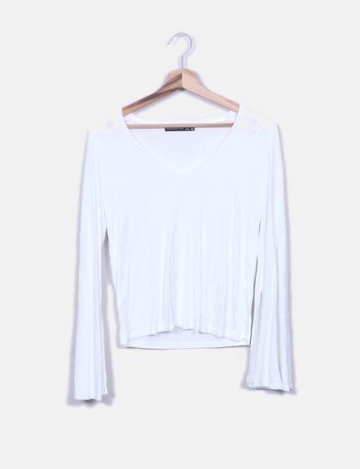 0bce6b468 Bershka Camiseta blanca mangas campana (descuento 78%) - Micolet