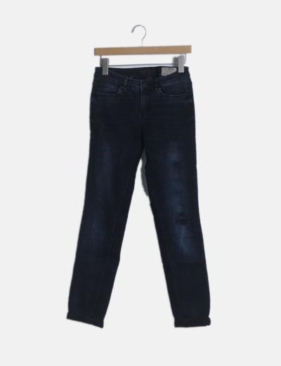 Jeans oscuros pitillos
