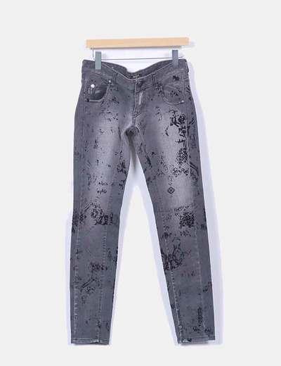 Jeans denim gris combinado bolsillos cuero negro Rare London
