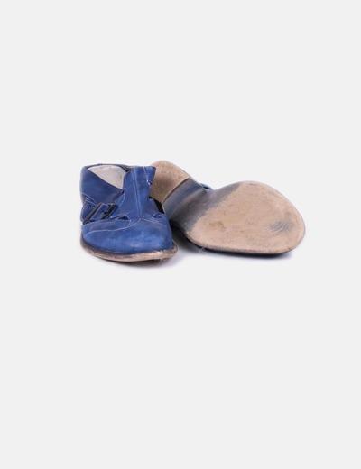 Zapato de tacon destalonado azul